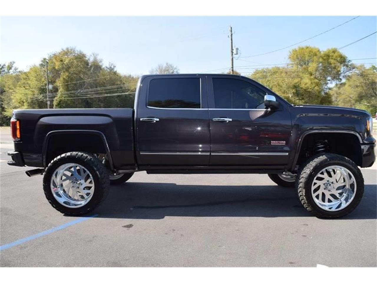 Large Picture of '16 GMC Sierra located in Mississippi - LHZQ