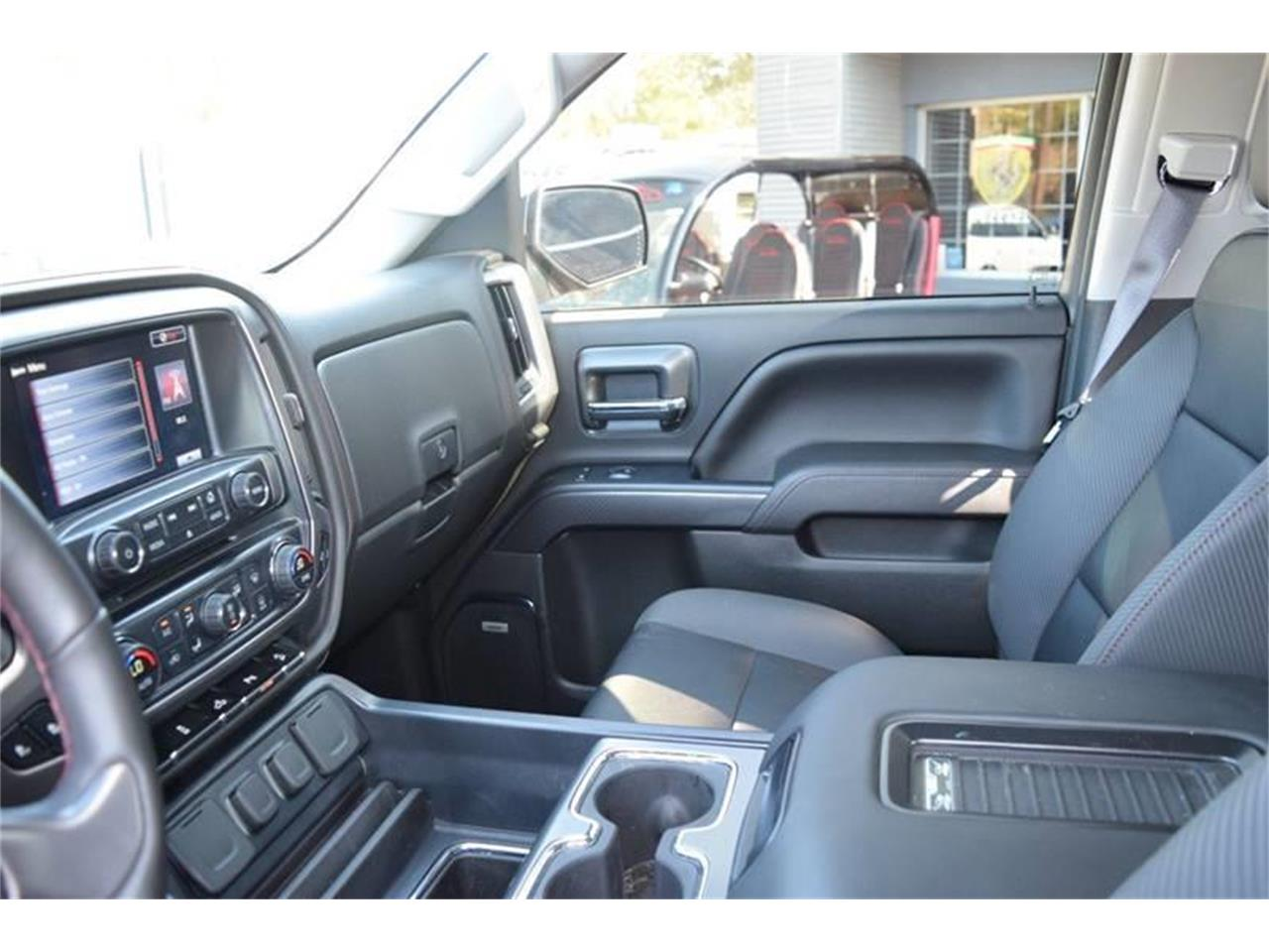 Large Picture of '16 GMC Sierra located in Biloxi Mississippi - $45,900.00 - LHZQ