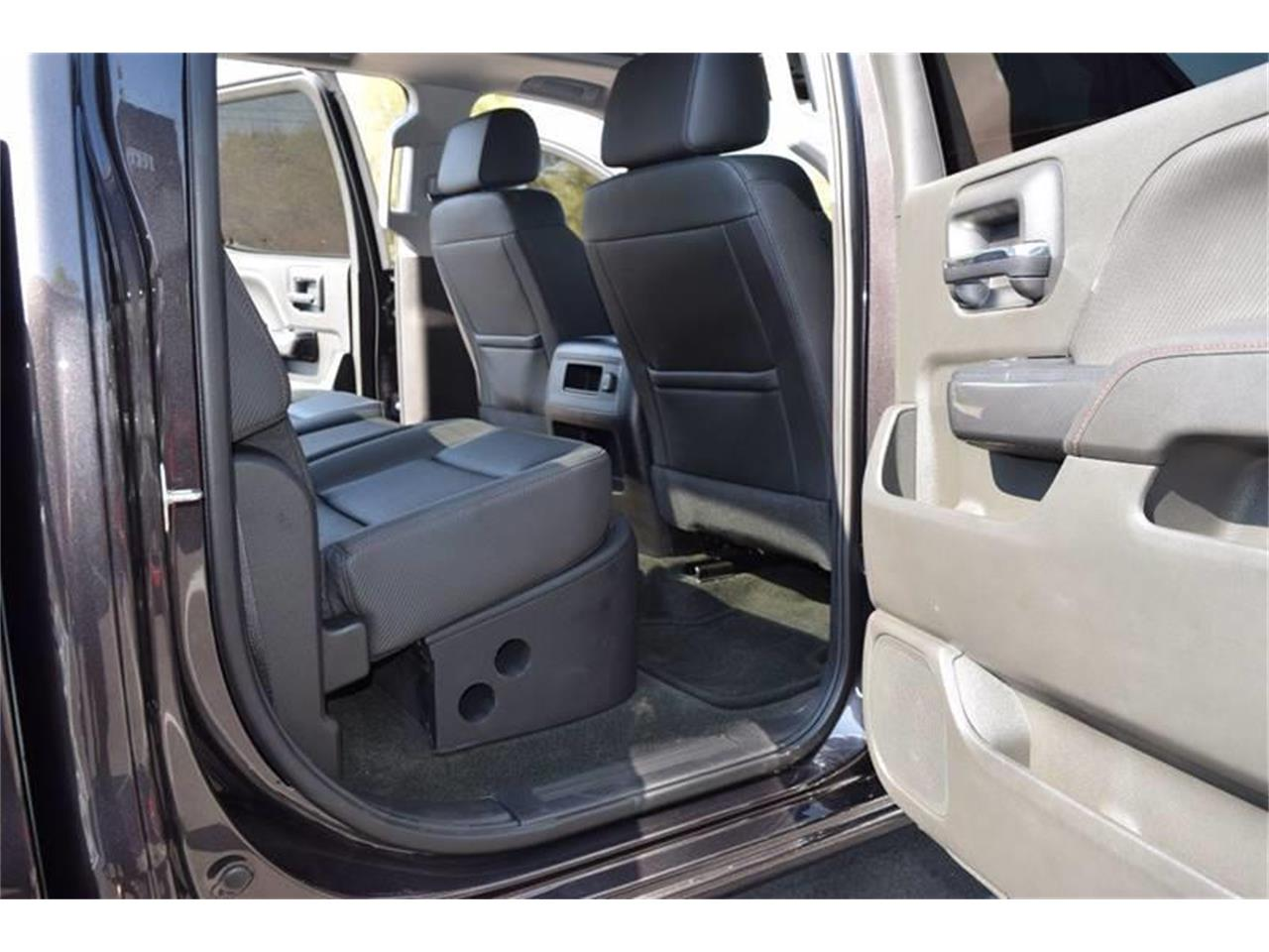 Large Picture of '16 Sierra located in Mississippi - $45,900.00 Offered by Gulf Coast Exotic Auto - LHZQ