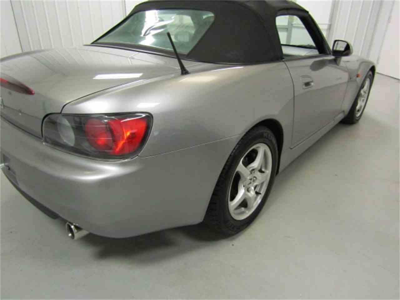 Large Picture of '01 S2000 located in Virginia Offered by Duncan Imports & Classic Cars - LI1R