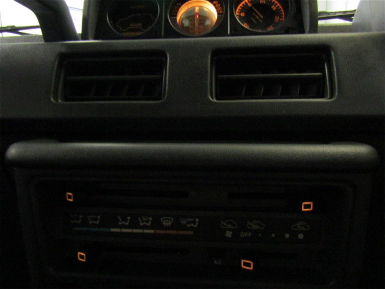 Large Picture of '89 Mitsubishi Pajero located in Christiansburg Virginia - $8,900.00 - LI1X