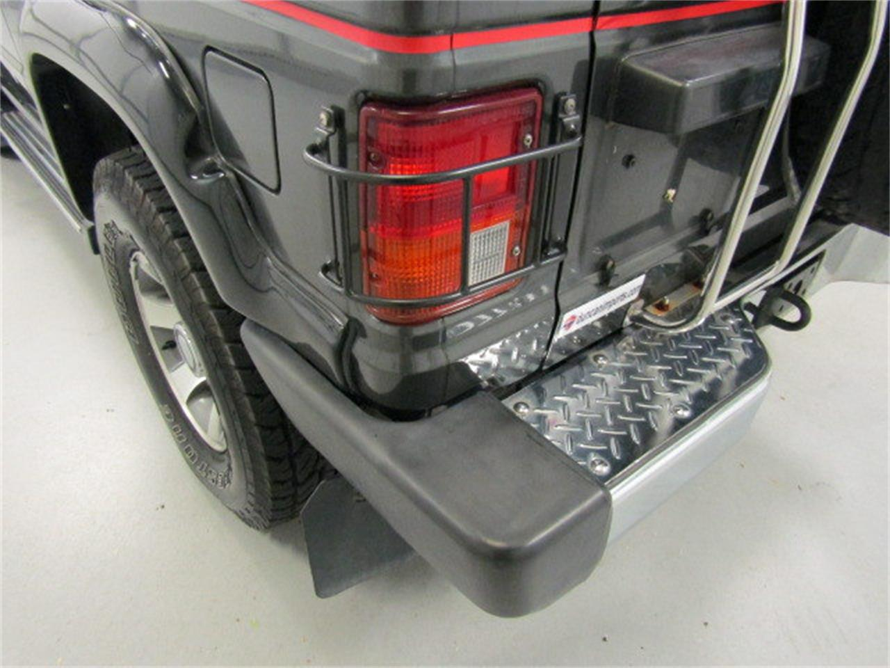 Large Picture of '89 Mitsubishi Pajero located in Christiansburg Virginia Offered by Duncan Imports & Classic Cars - LI1X