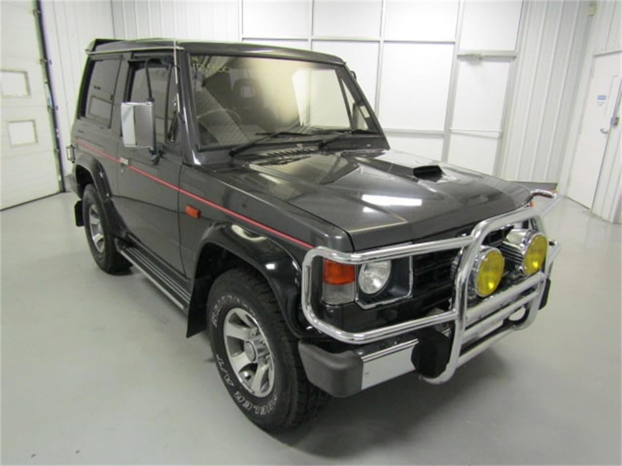 Large Picture of '89 Pajero located in Christiansburg Virginia Offered by Duncan Imports & Classic Cars - LI1X