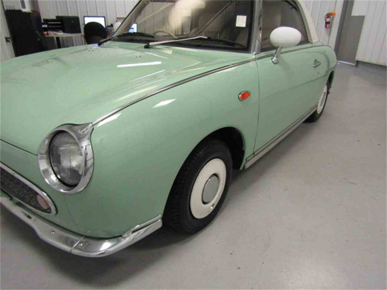 Large Picture of '91 Figaro - LI2O