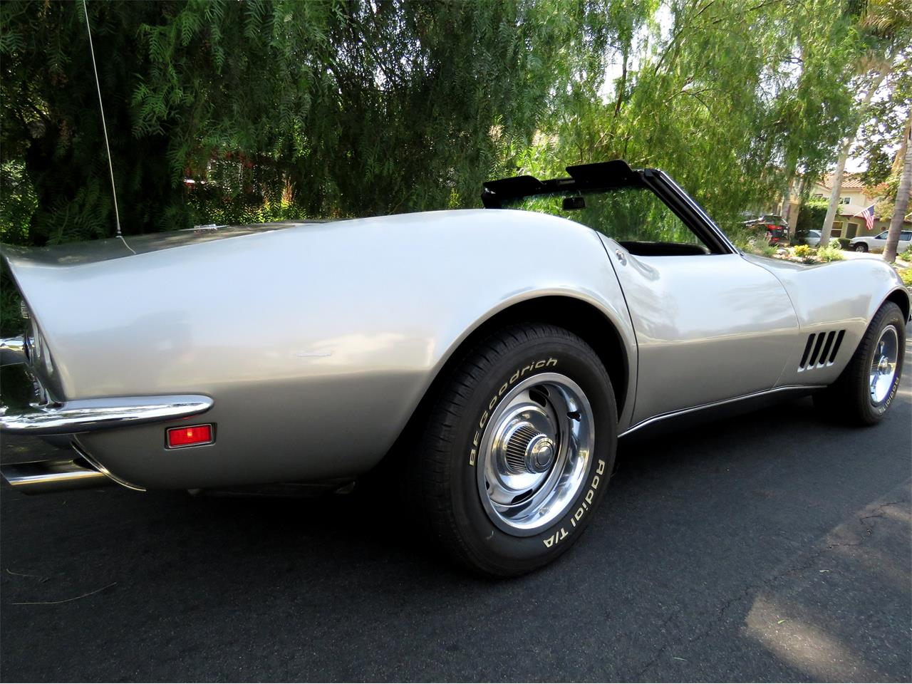 Large Picture of '68 Corvette Offered by Left Coast Classics - LI2U