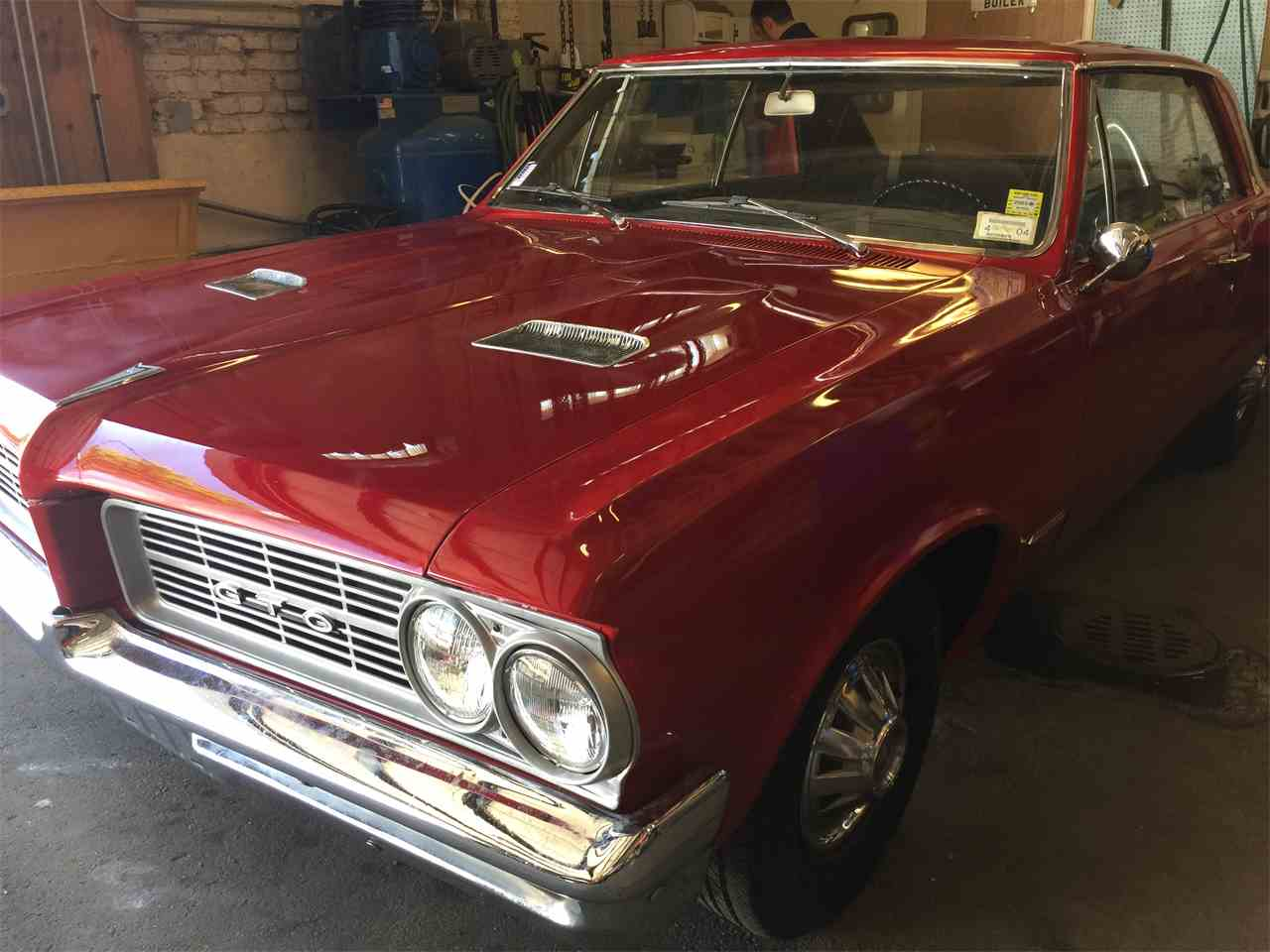 Large Picture of '64 GTO - LI37