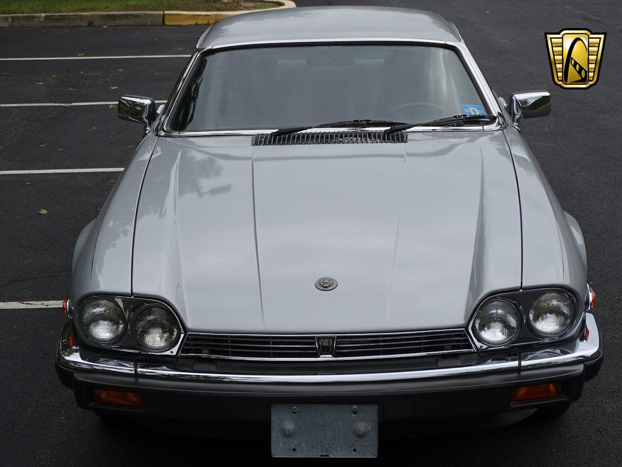 Large Picture of 1982 Jaguar XJ - $10,995.00 - LI4S