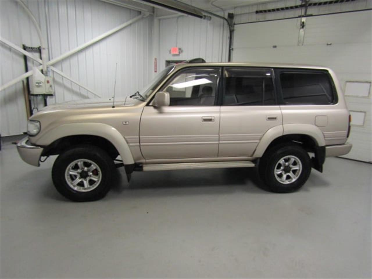 Large Picture of '91 Toyota Land Cruiser FJ located in Christiansburg Virginia - LI66