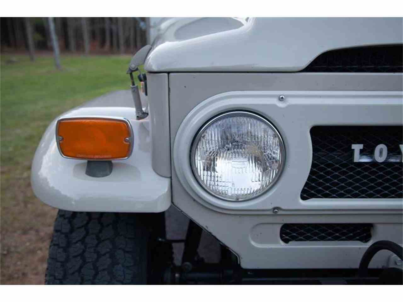 Large Picture of '72 Land Cruiser FJ located in Essex Junction Vermont - LI7I