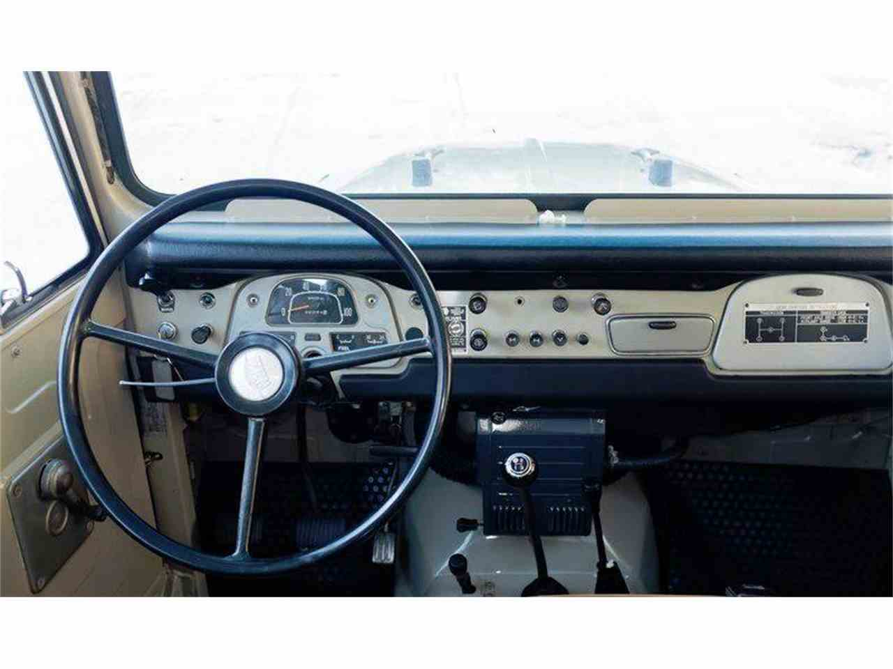 Large Picture of Classic 1972 Land Cruiser FJ located in Essex Junction Vermont - LI7I