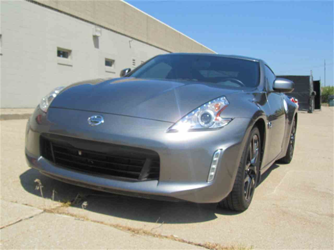 Large Picture of 2016 Nissan 370Z located in Omaha Nebraska - $24,900.00 Offered by Classic Auto Sales - LI7Y