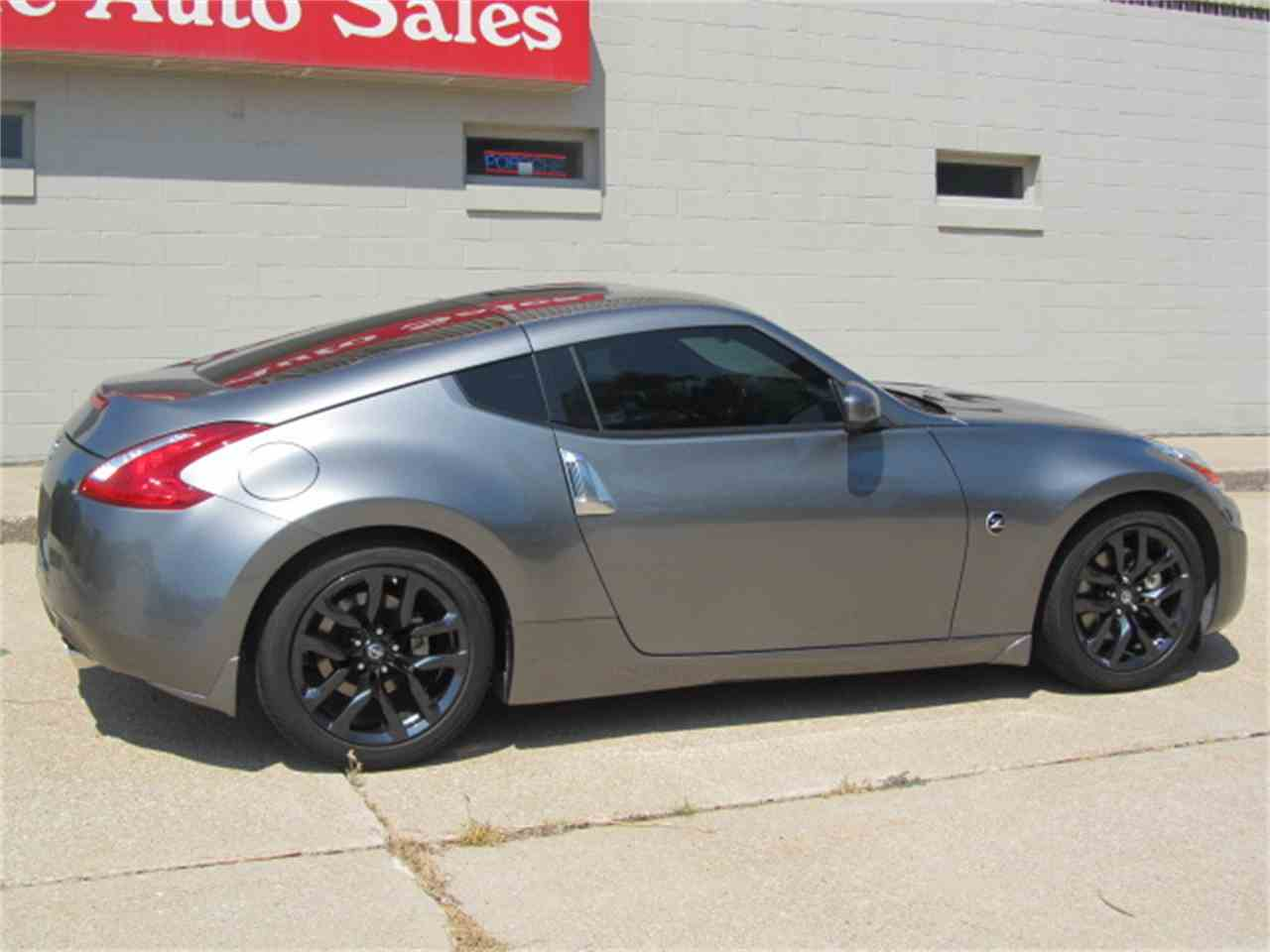 Large Picture of '16 Nissan 370Z located in Omaha Nebraska - $24,900.00 Offered by Classic Auto Sales - LI7Y