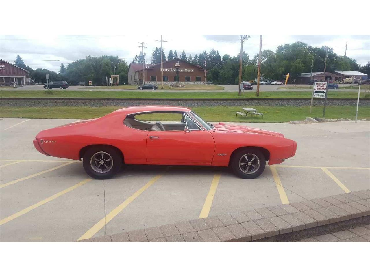 Large Picture of '68 GTO located in Annandale Minnesota - LFV8