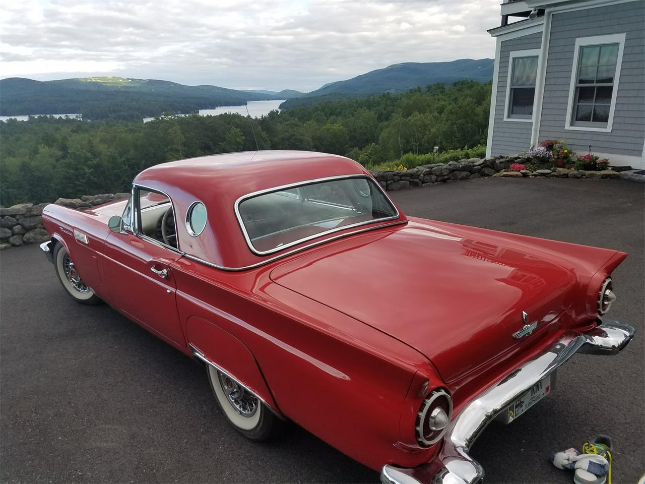 Large Picture of 1957 Ford Thunderbird - $32,900.00 - LI8K