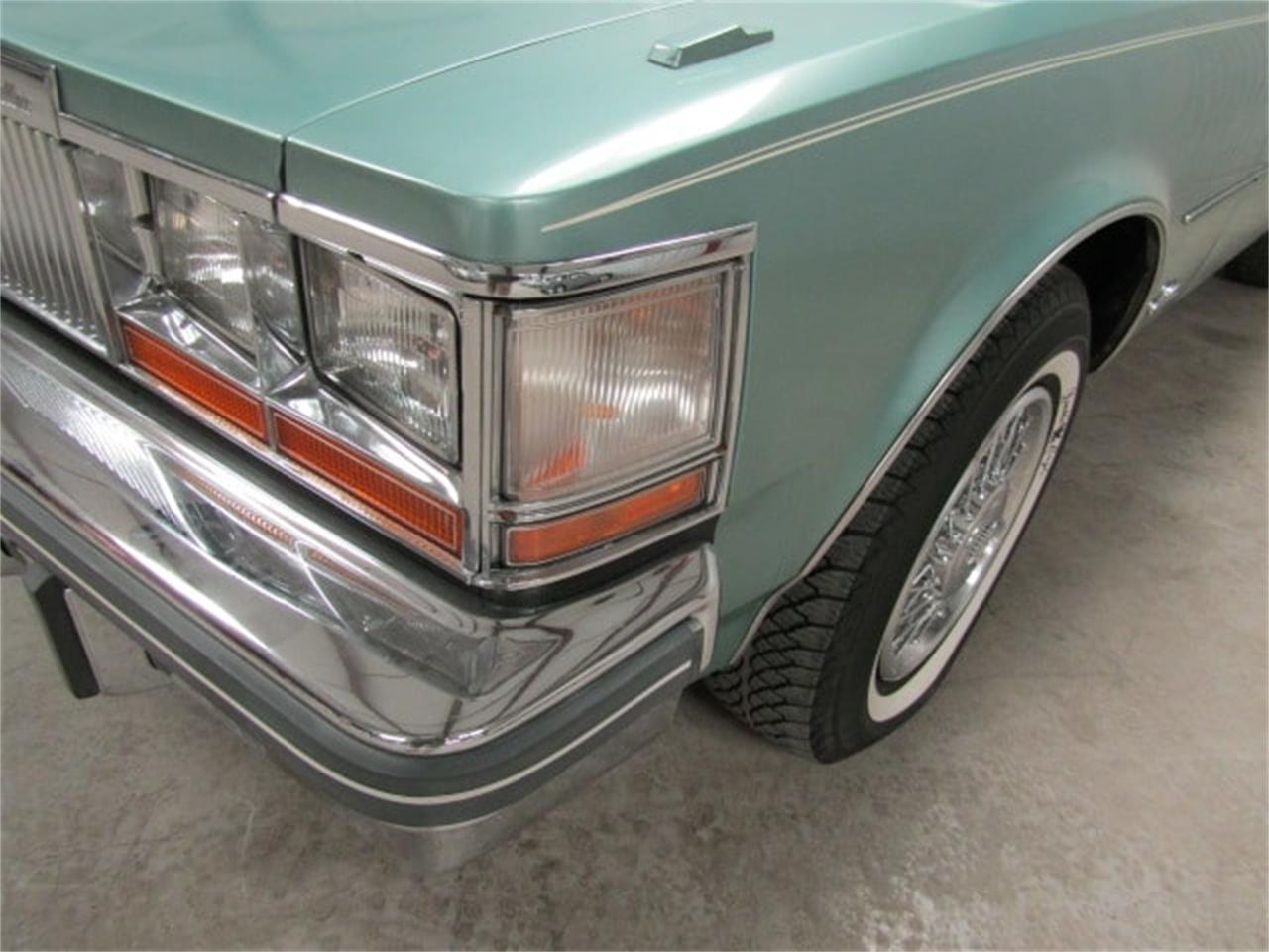 Large Picture of '77 Seville - $13,993.00 Offered by Duncan Imports & Classic Cars - LIA0