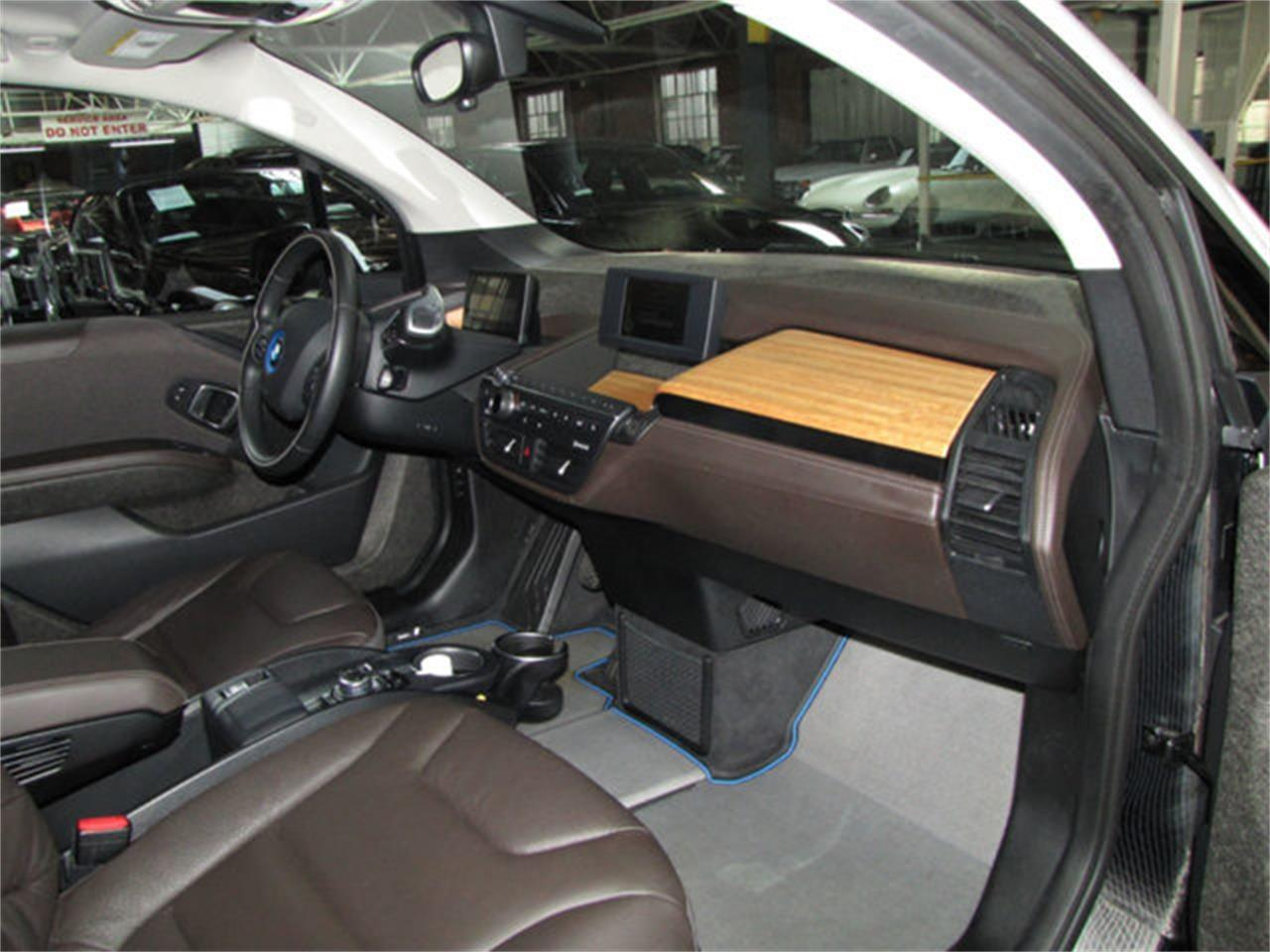 Large Picture of 2014 BMW i3 located in California - $17,900.00 - LFVL