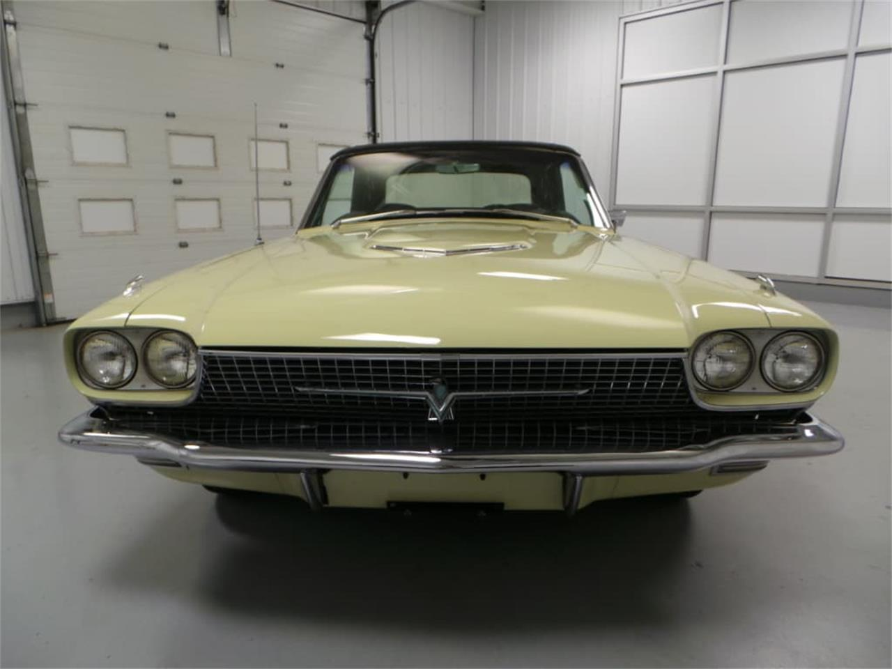 Large Picture of 1966 Thunderbird - LID2
