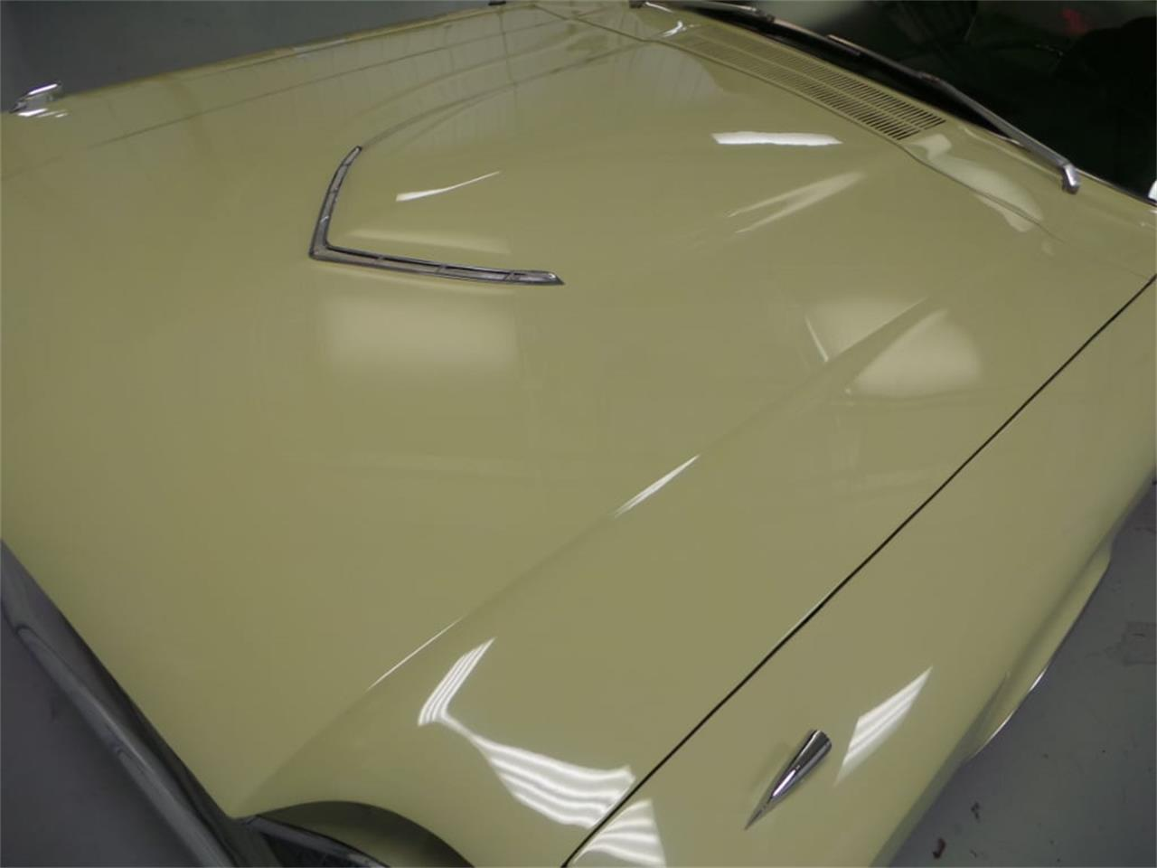 Large Picture of Classic '66 Ford Thunderbird - $39,918.00 - LID2