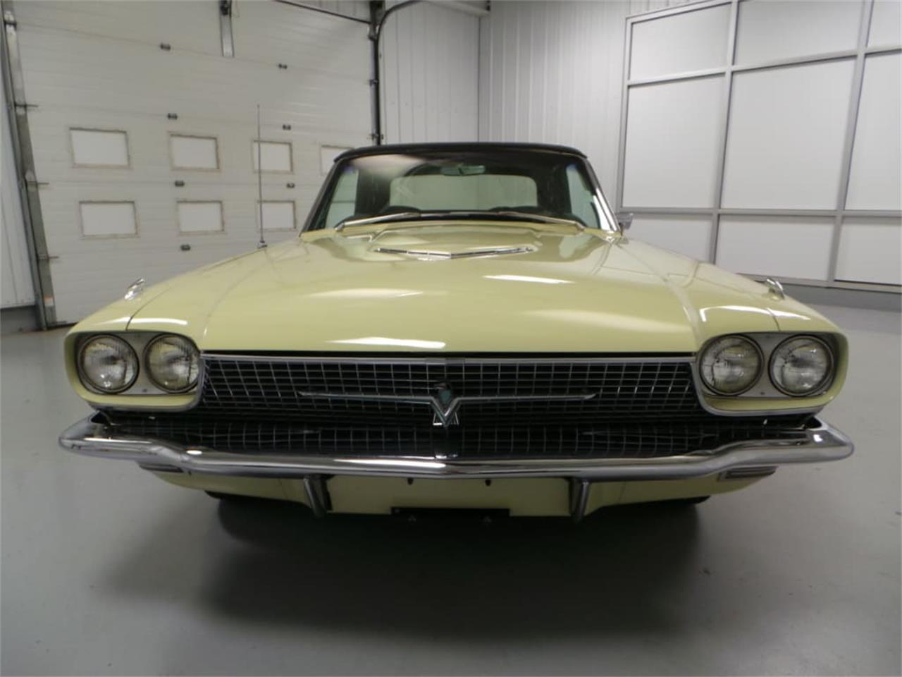 Large Picture of Classic 1966 Ford Thunderbird - LID2