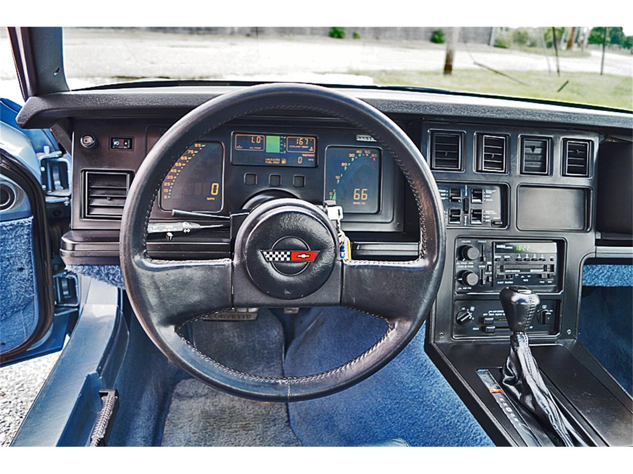 Large Picture of 1985 Chevrolet Corvette located in Canton Ohio - LFWO
