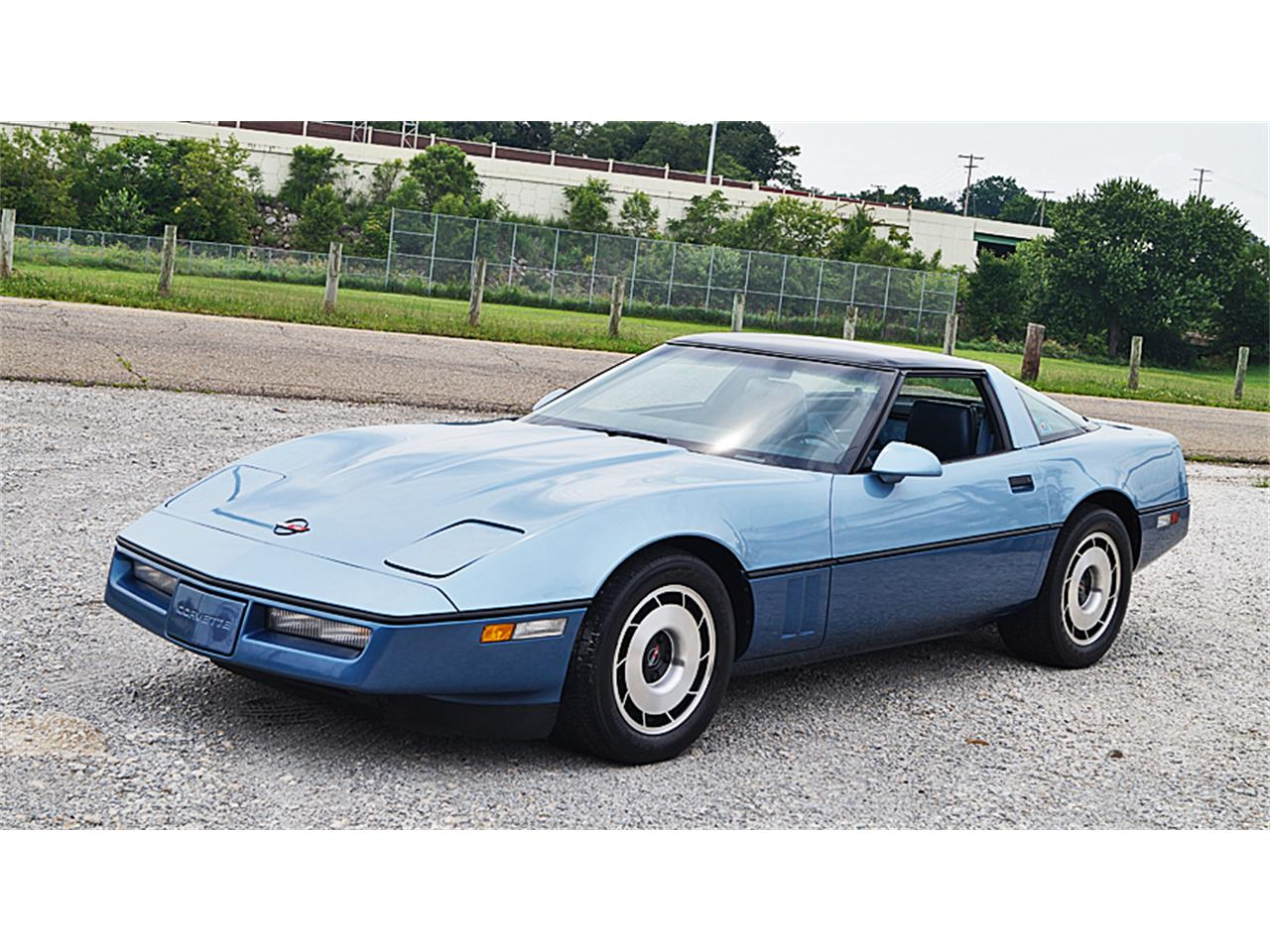 Large Picture of 1985 Chevrolet Corvette Offered by Motorcar Portfolio - LFWO