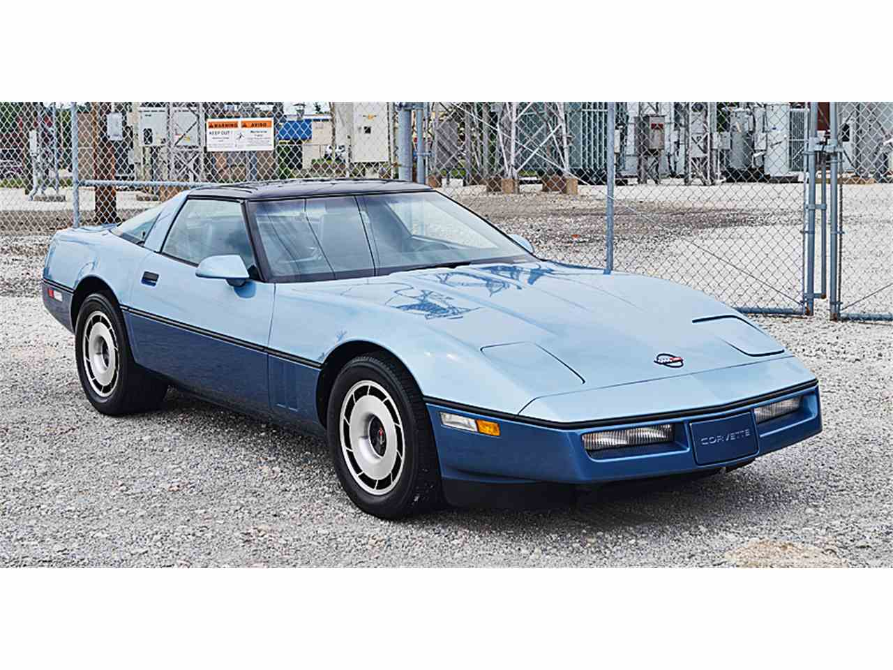 Large Picture of '85 Corvette - LFWO