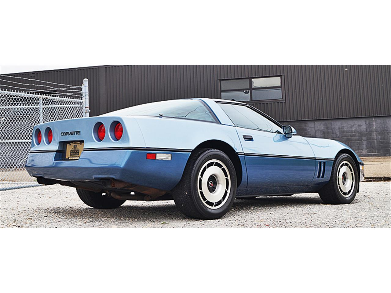 Large Picture of 1985 Chevrolet Corvette - LFWO