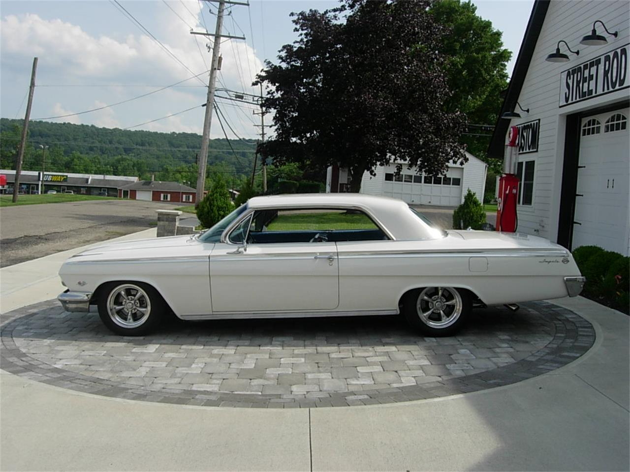 Large Picture of '62 Impala SS - LFWR