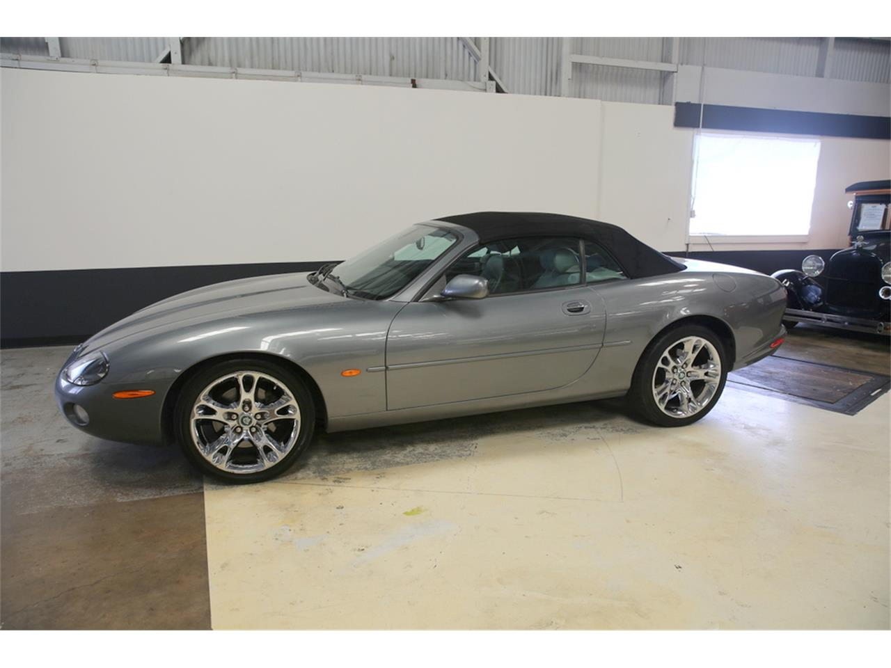 Large Picture of '03 XK8 located in California - $9,000.00 - LIP4