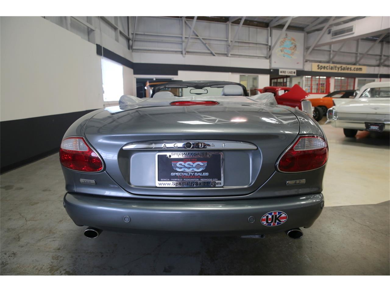Large Picture of '03 XK8 Offered by Specialty Sales Classics - LIP4