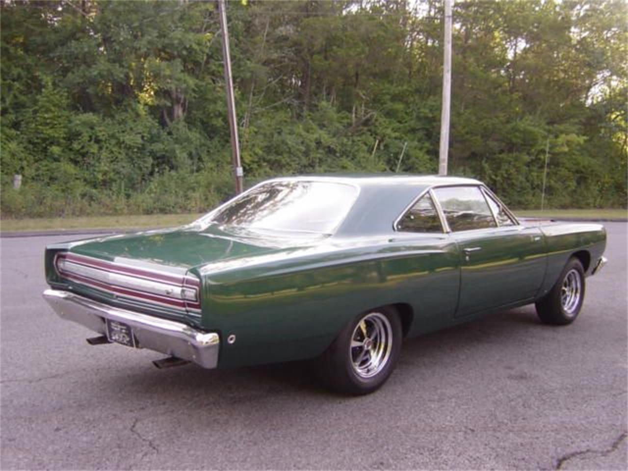 Large Picture of '68 Road Runner - LIU2