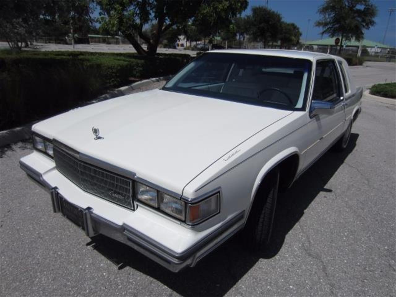 Large Picture of 1986 DeVille located in Florida - $8,900.00 Offered by Autosport Group - LJ1F