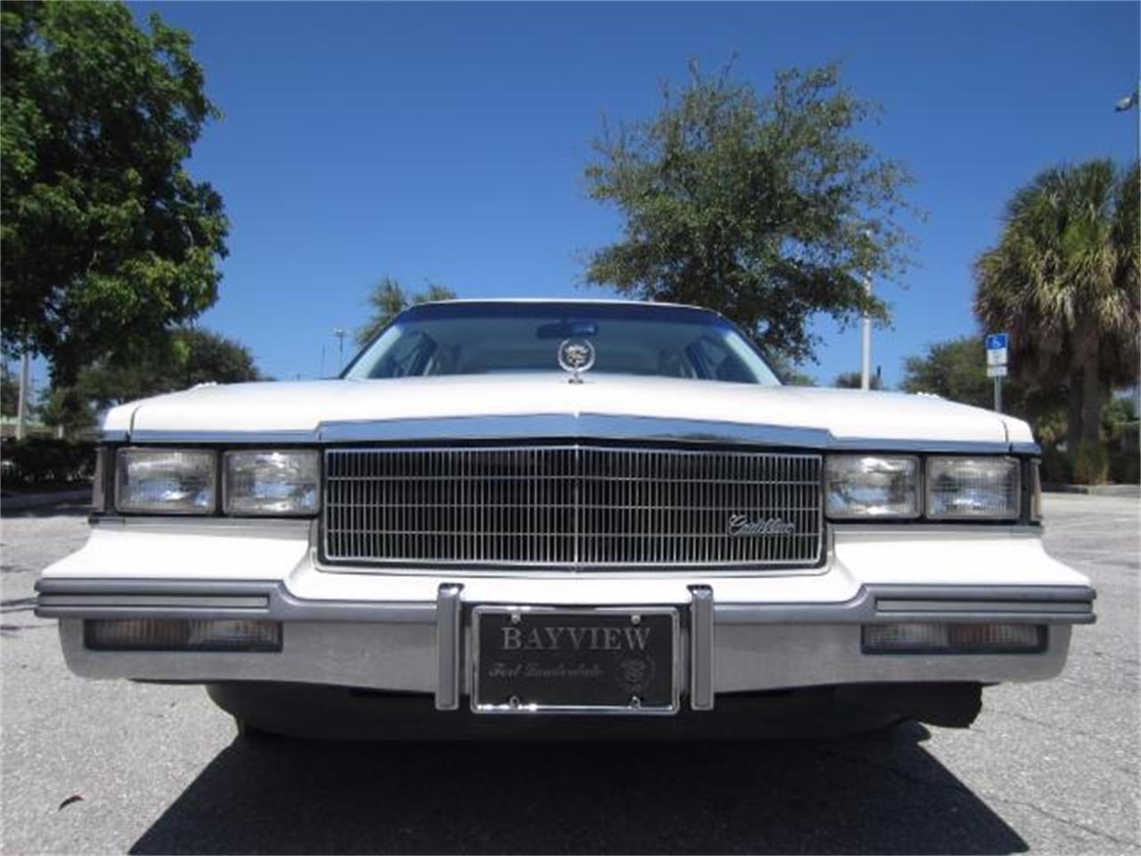 Large Picture of '86 DeVille - $8,900.00 Offered by Autosport Group - LJ1F