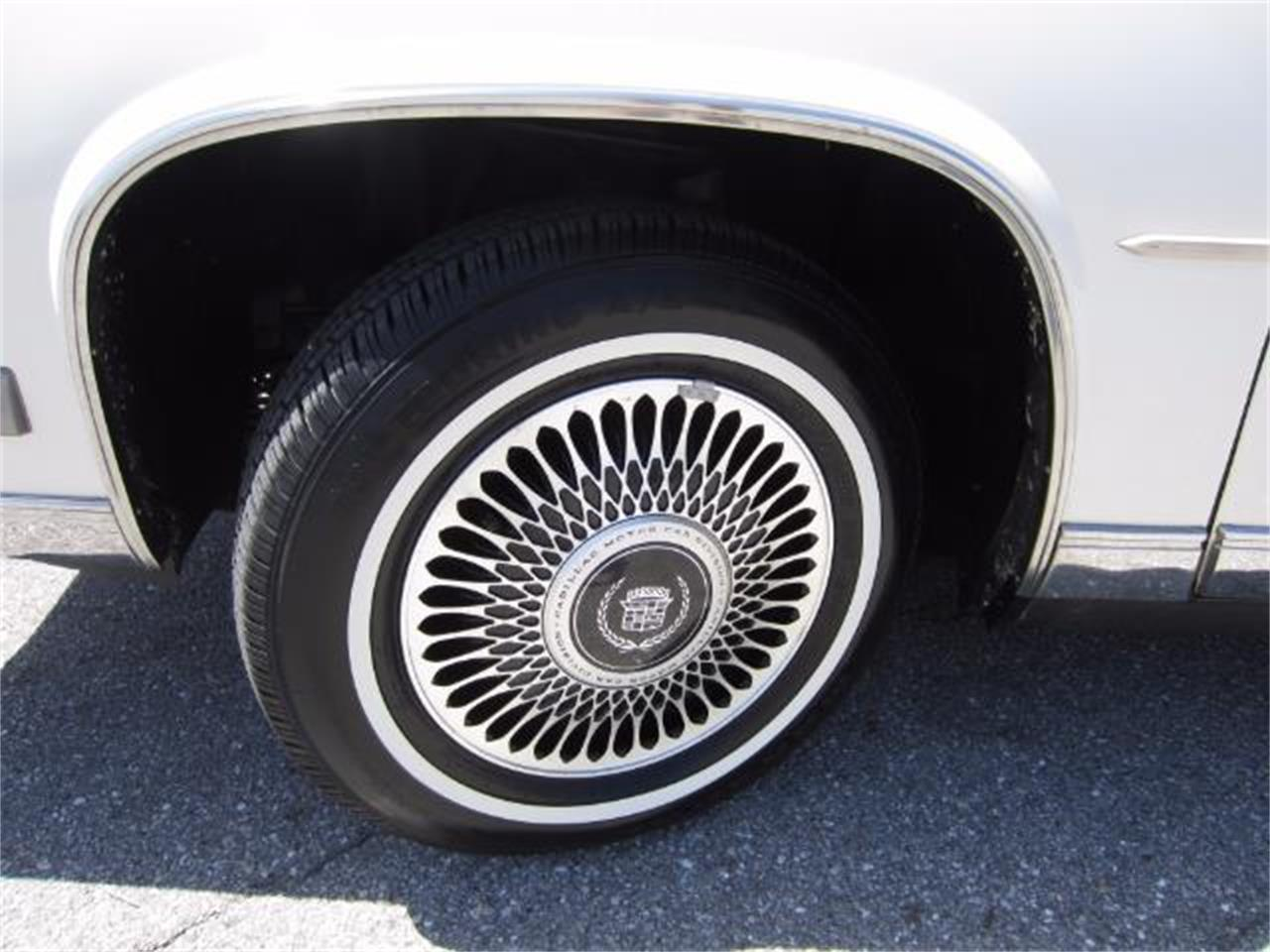 Large Picture of 1986 Cadillac DeVille located in Florida - $8,900.00 - LJ1F