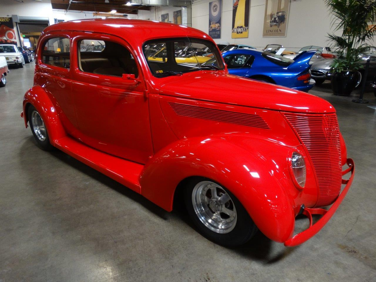 Large Picture of '37 Ford Deluxe - $44,500.00 - LJAE