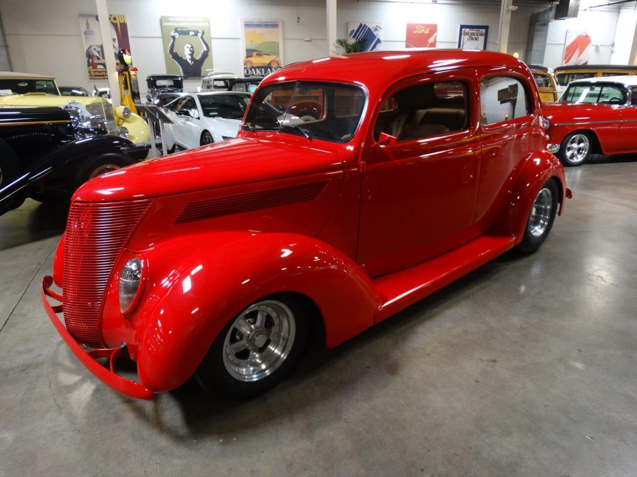 Large Picture of Classic 1937 Ford Deluxe Offered by Crevier Classic Cars - LJAE