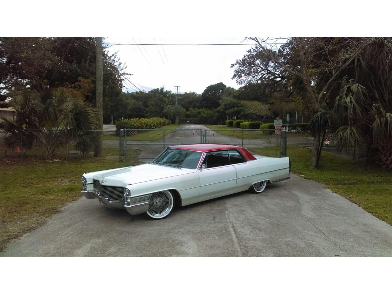 Large Picture of Classic 1965 DeVille - $19,995.00 Offered by a Private Seller - LJIS