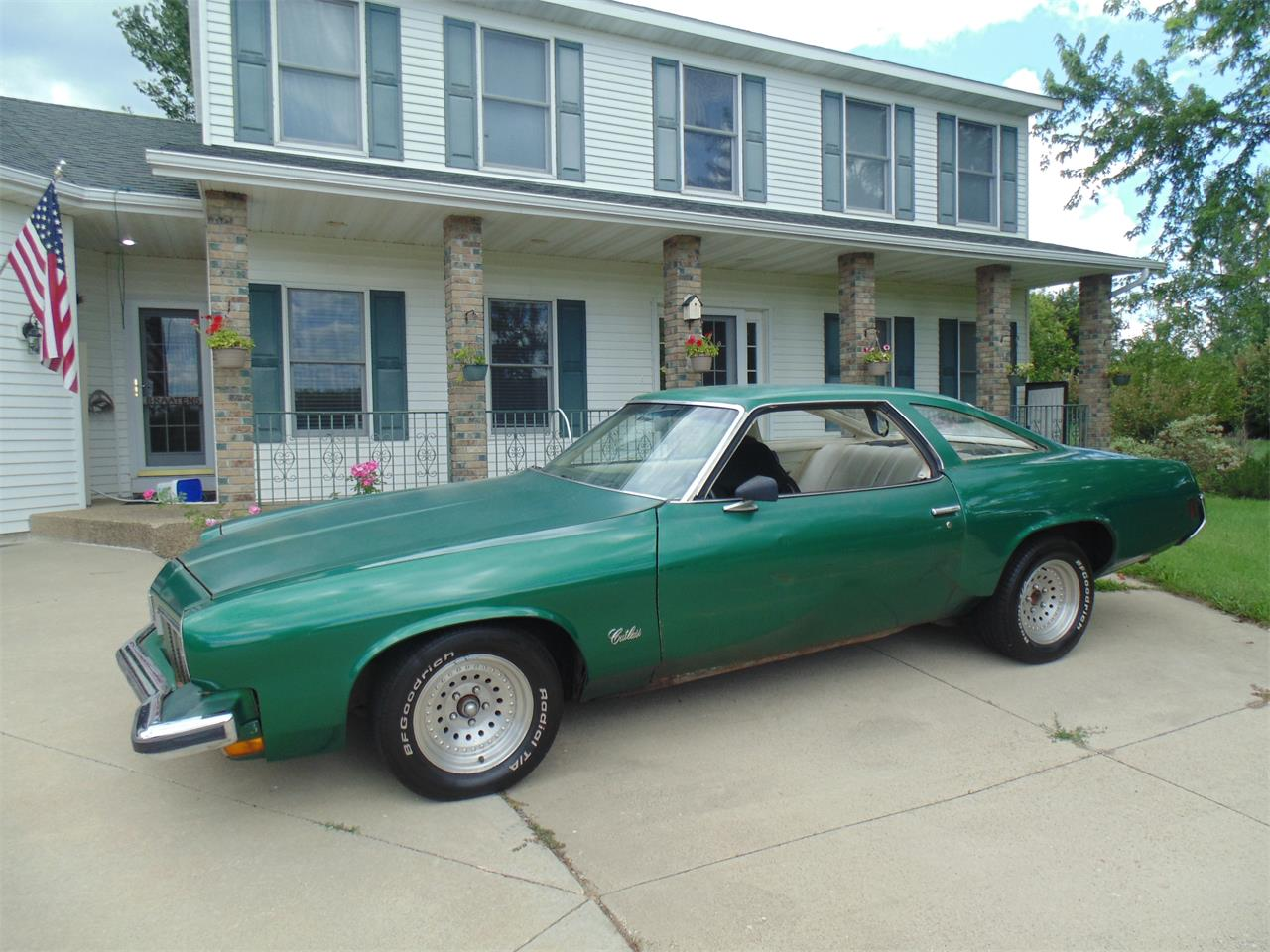 Large Picture of '73 Oldsmobile Cutlass located in Minnesota - $5,999.00 Offered by Braaten's Auto Center - LJM7