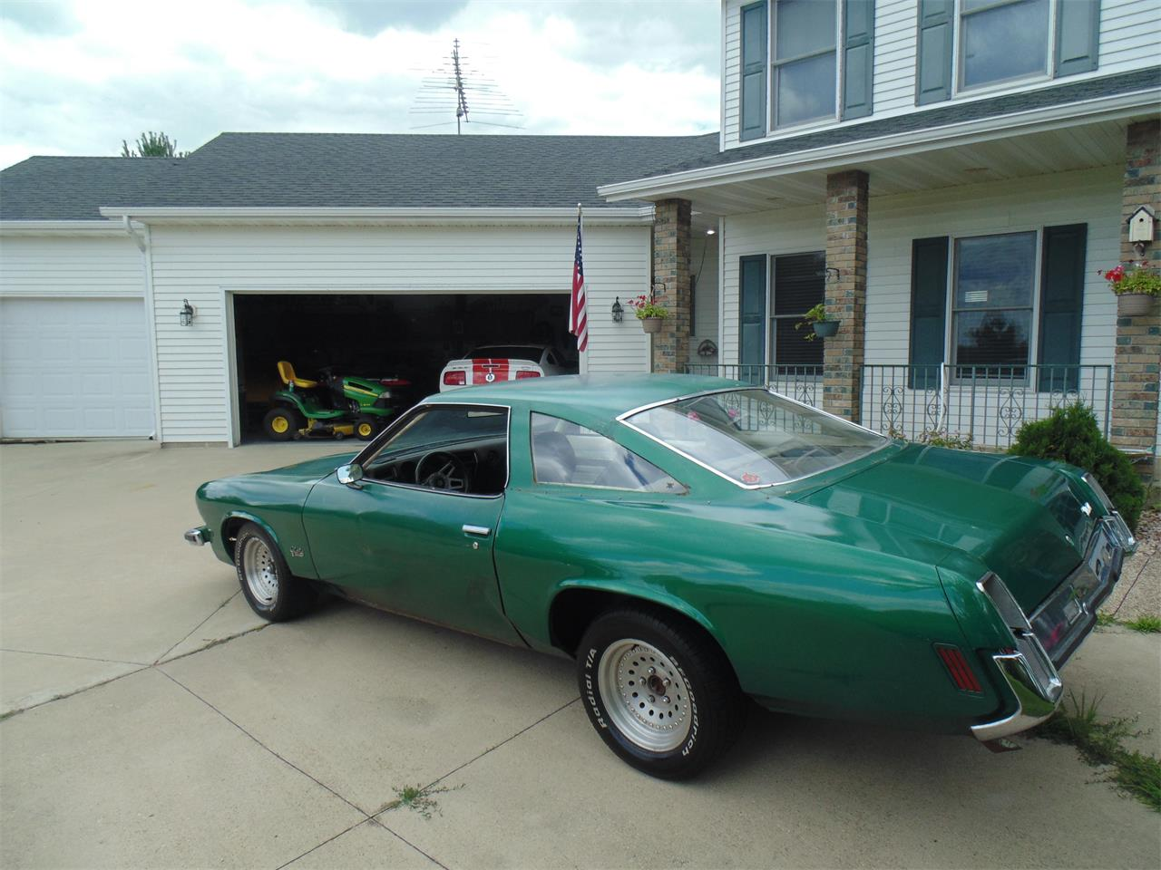 Large Picture of Classic '73 Oldsmobile Cutlass - $5,999.00 Offered by Braaten's Auto Center - LJM7