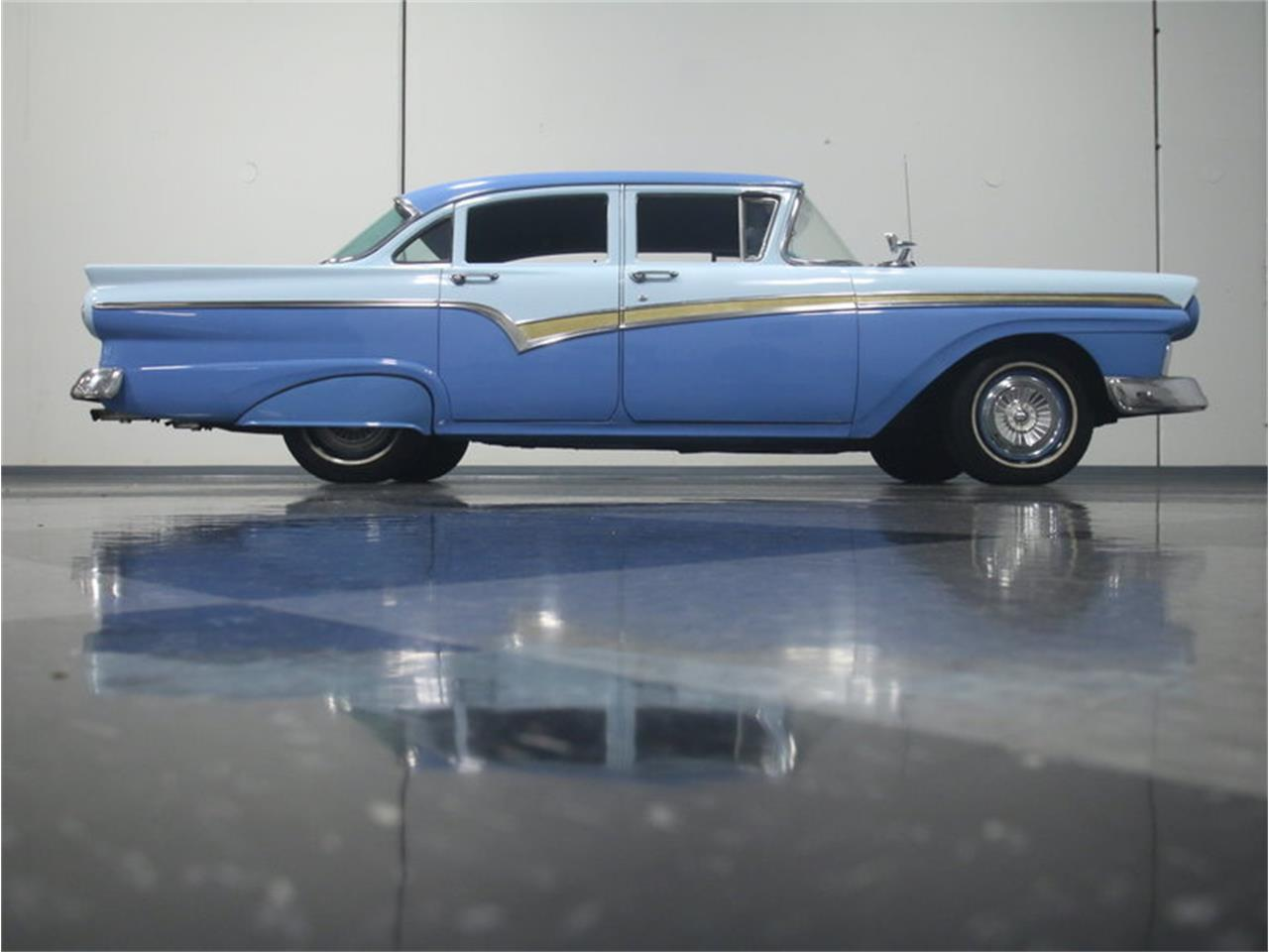 Large Picture of '57 Custom 300 - LJNC