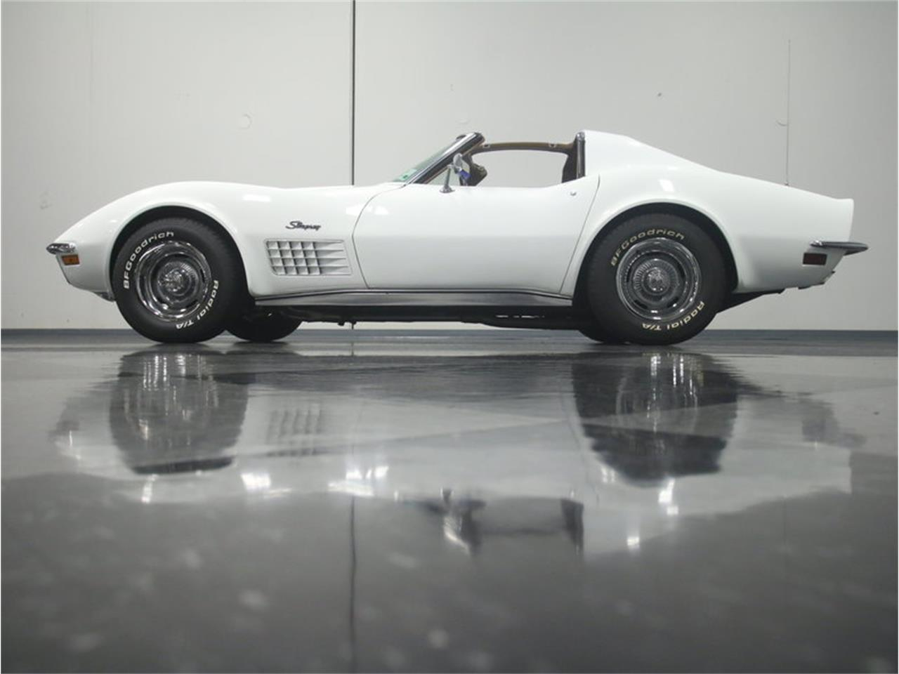 Large Picture of '72 Chevrolet Corvette Offered by Streetside Classics - Atlanta - LJNS