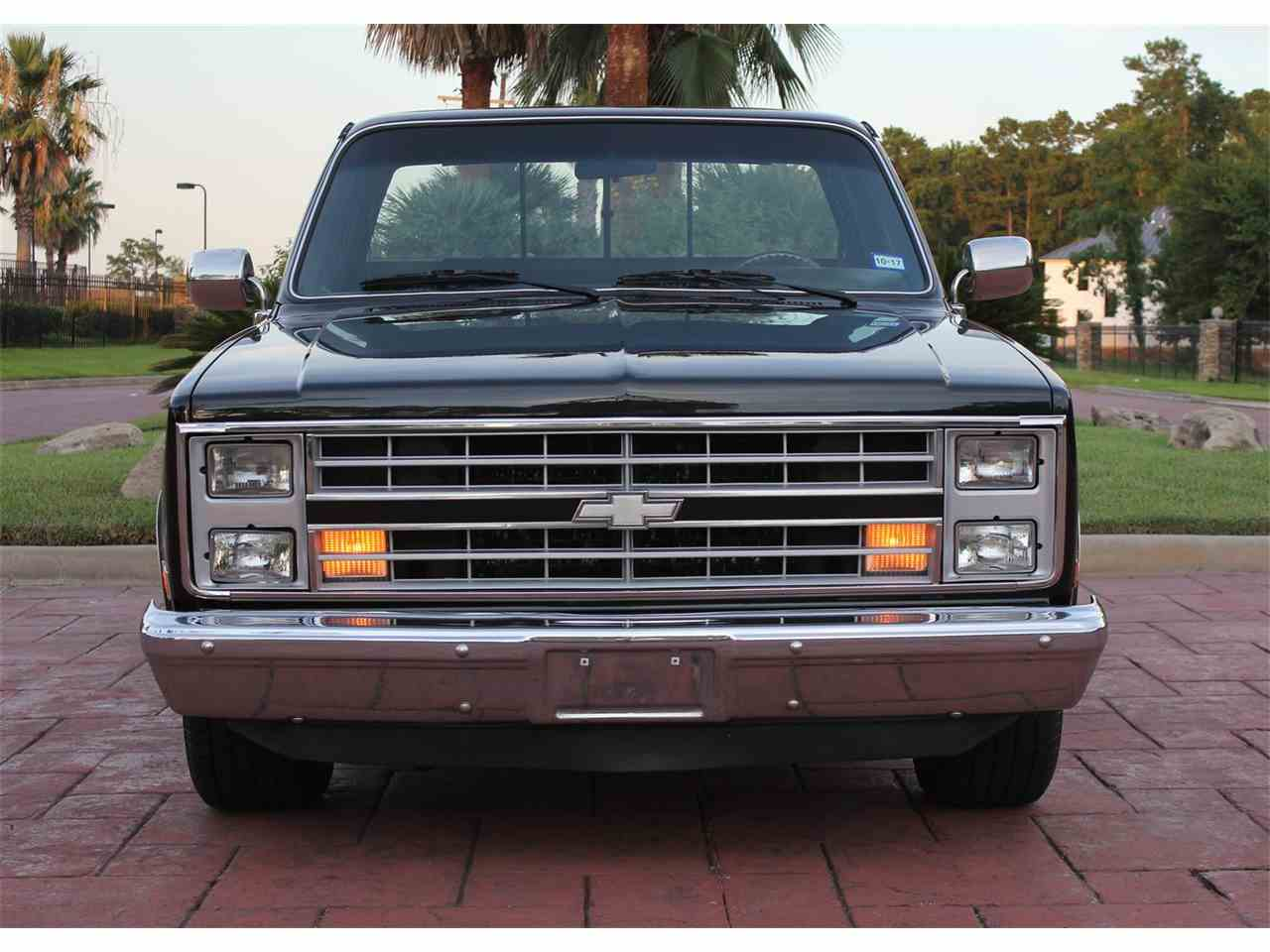 Large Picture of '87 C10 located in Conroe Texas - $18,900.00 - LG3L