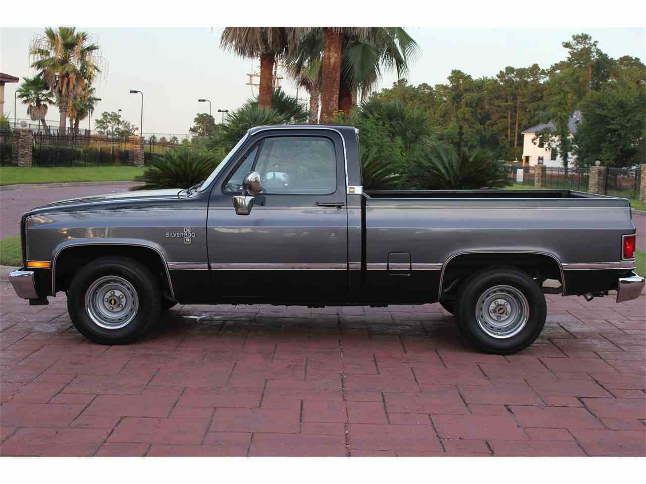 Large Picture of '87 Chevrolet C10 located in Conroe Texas - LG3L
