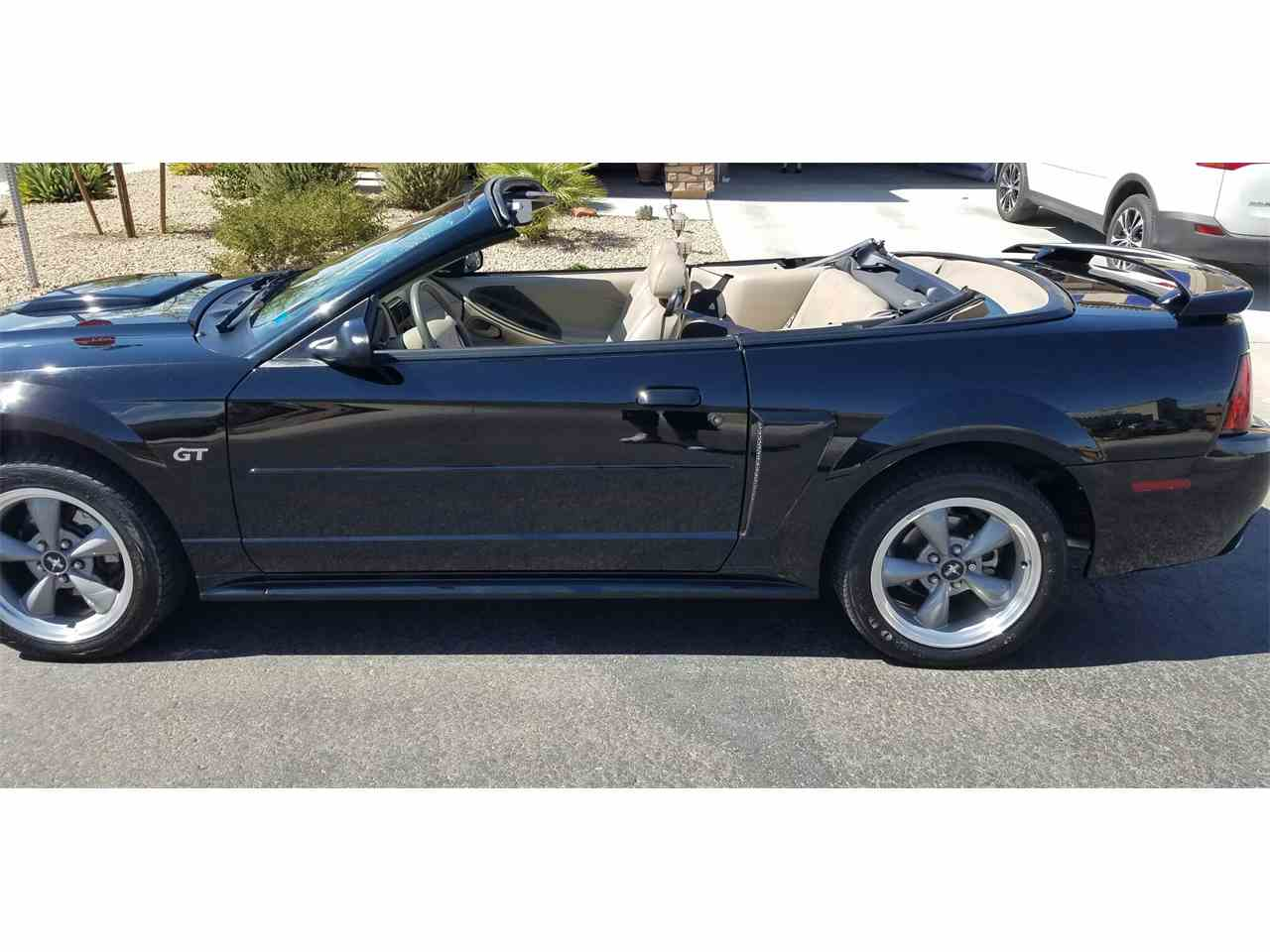 Large Picture of '01 Mustang GT - LKJZ
