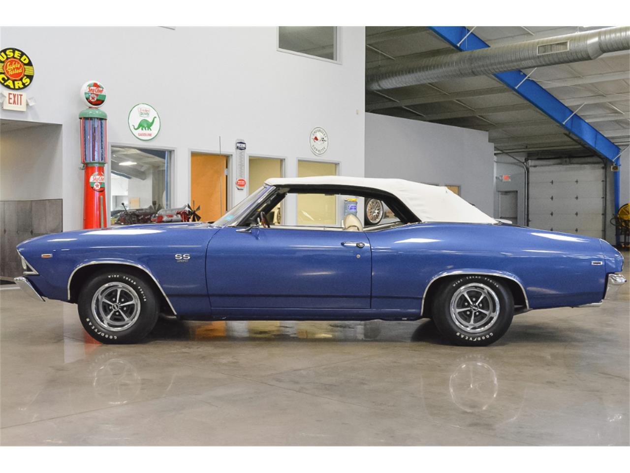 Large Picture of '69 Chevelle - LKKG