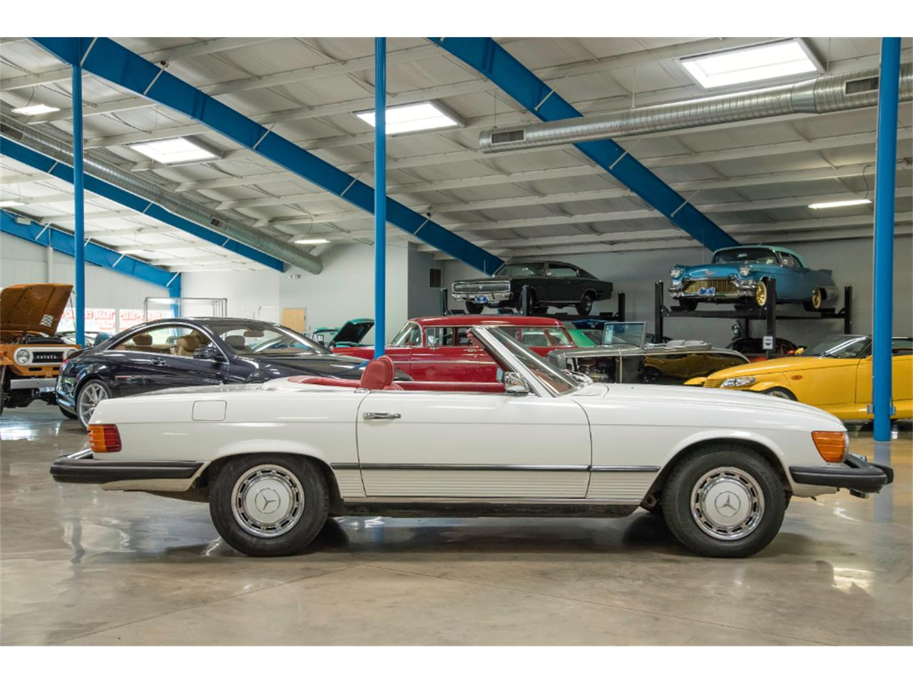 Large Picture of '76 450SL located in Ohio - $16,800.00 Offered by John Kufleitner's Galleria - LKM8