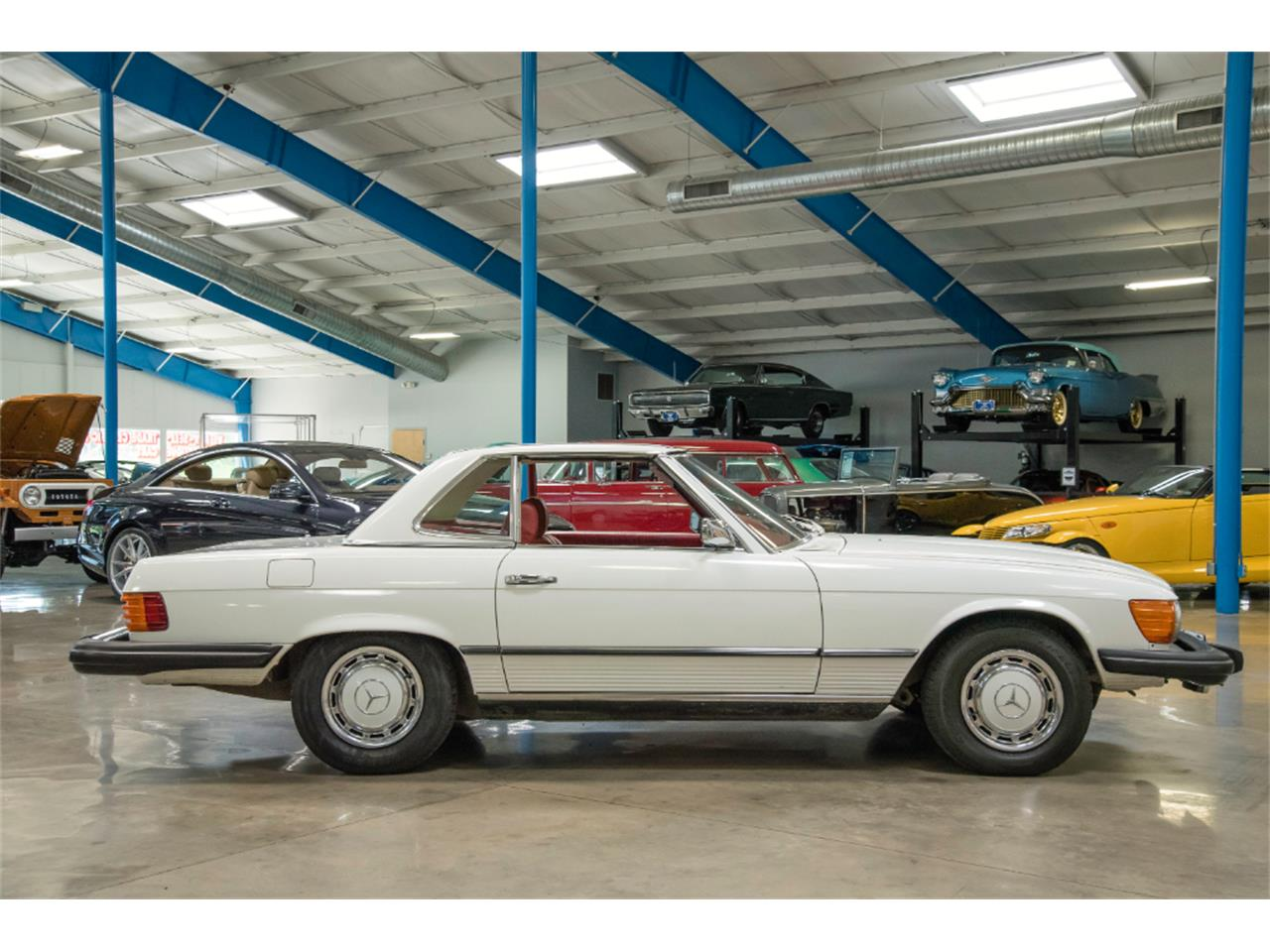 Large Picture of '76 Mercedes-Benz 450SL located in Ohio - $16,800.00 - LKM8