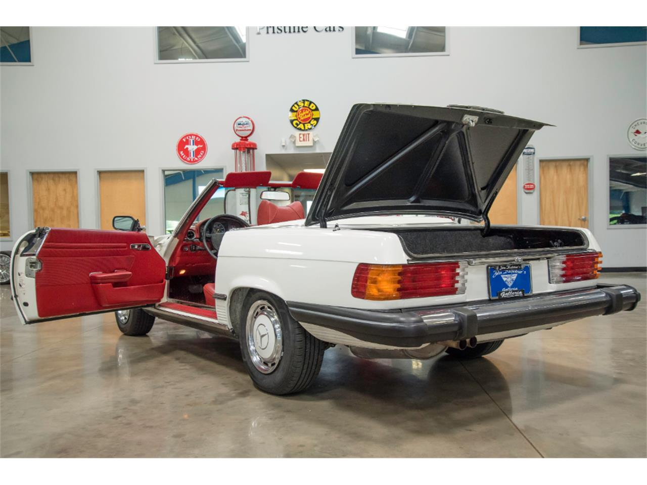 Large Picture of '76 Mercedes-Benz 450SL - $16,800.00 - LKM8