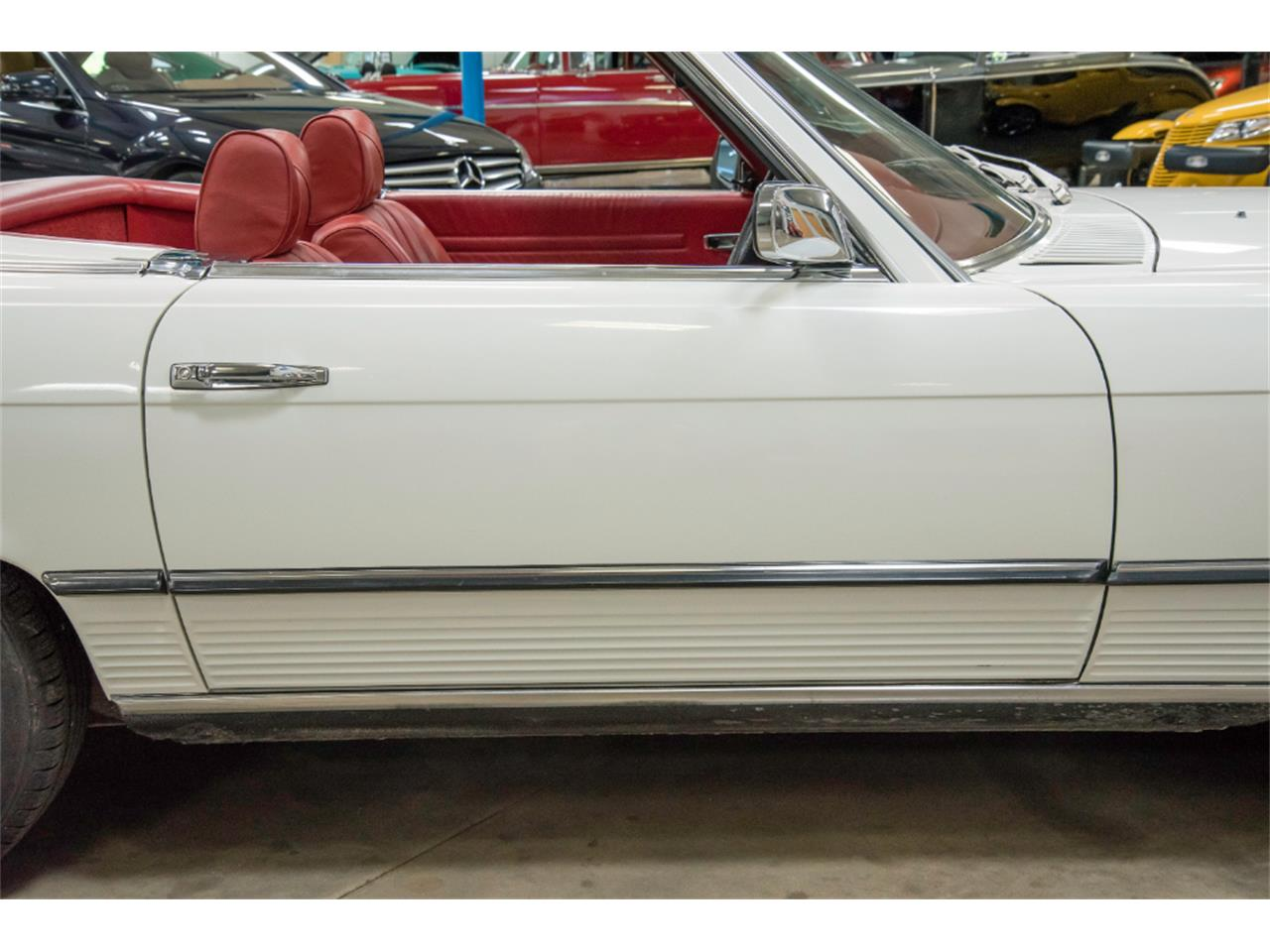 Large Picture of 1976 450SL Offered by John Kufleitner's Galleria - LKM8
