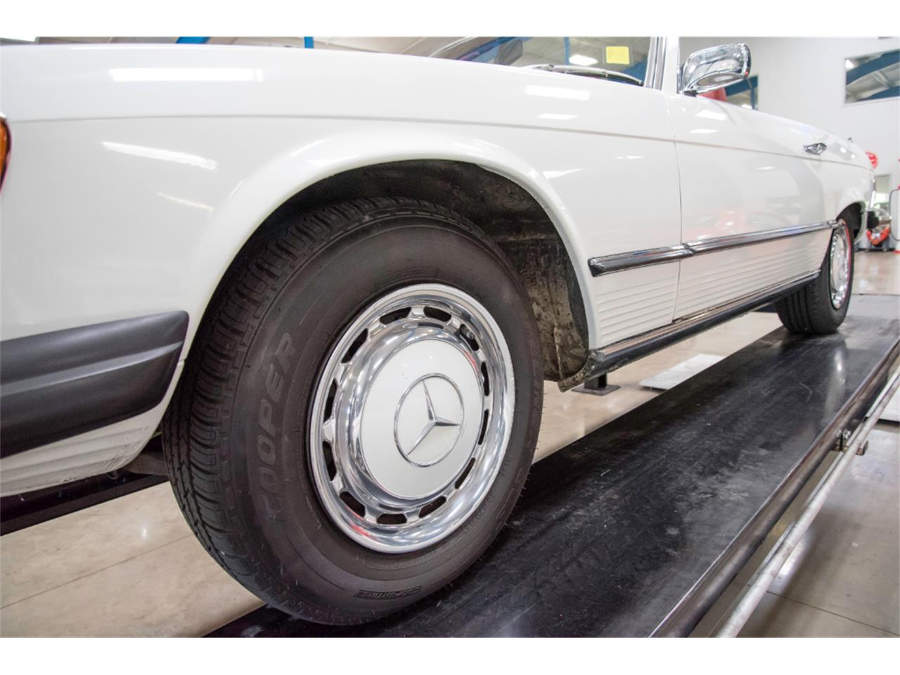 Large Picture of 1976 Mercedes-Benz 450SL - $16,800.00 - LKM8